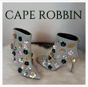 CAPE ROBBIN HEELED HALF BOOTS!.